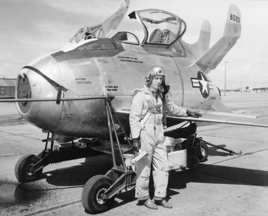 """McDonnell XF-85 """"Goblin"""" [1:72-MPM] Xf-85-10"""