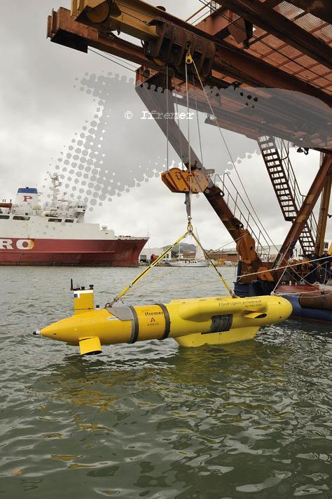 Sous marin titanesque : Titan Submersible Explorer Auv_if10