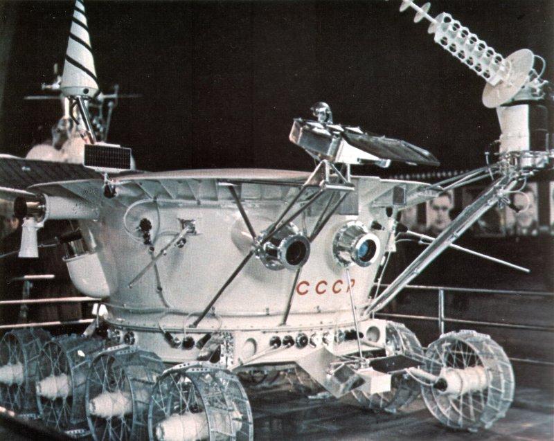 """Sauvetage"" du Rover Spirit sur Mars - Page 5 Lunokh10"
