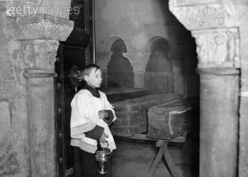La Basilique de Saint-Denis Cercue10