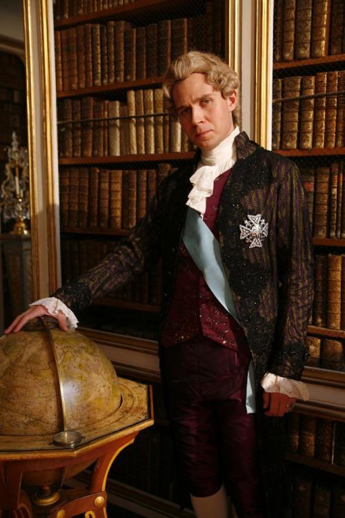 pas être roi -   Louis XVI, l'homme qui ne voulait pas être roi L16_610