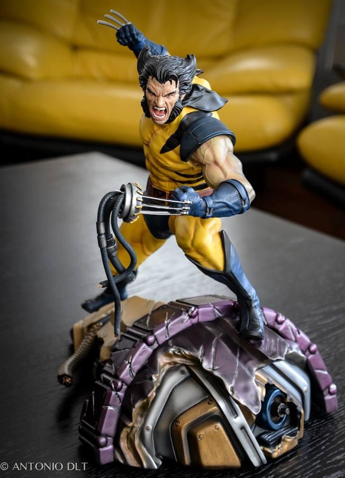 Premium Collectibles : Wolverine - Comics Version - Page 11 10931010