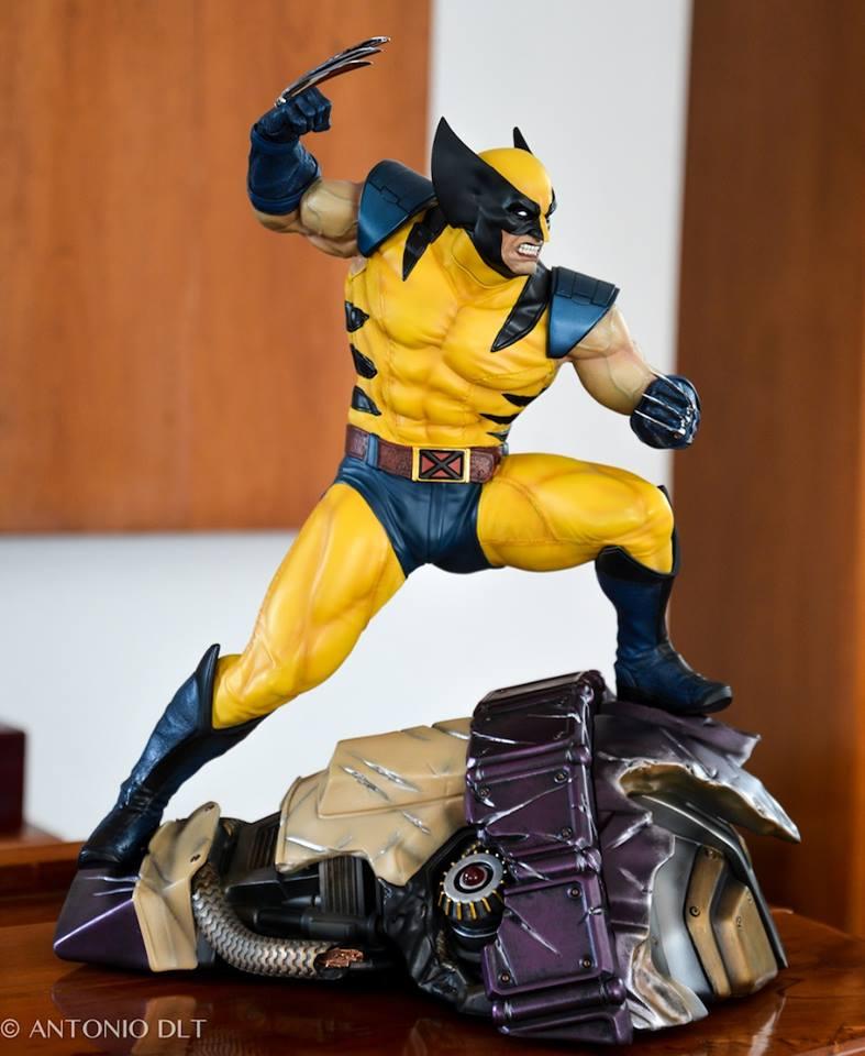 Premium Collectibles : Wolverine - Comics Version - Page 11 11165210