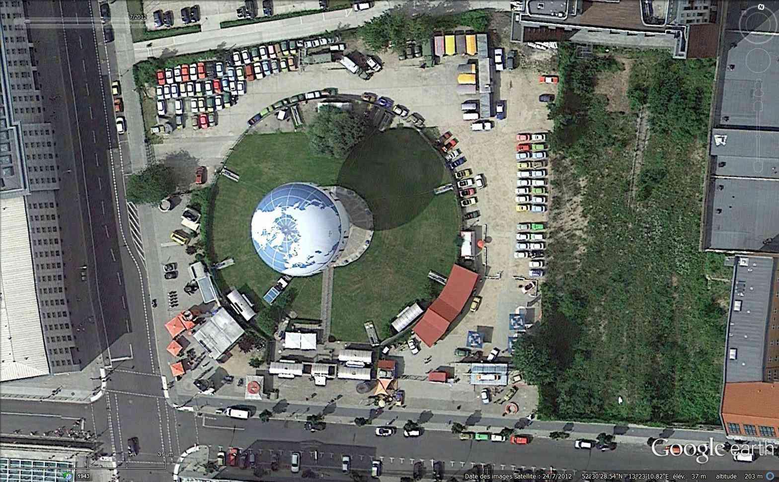 Globes terrestres visibles depuis les cieux Sans_t22