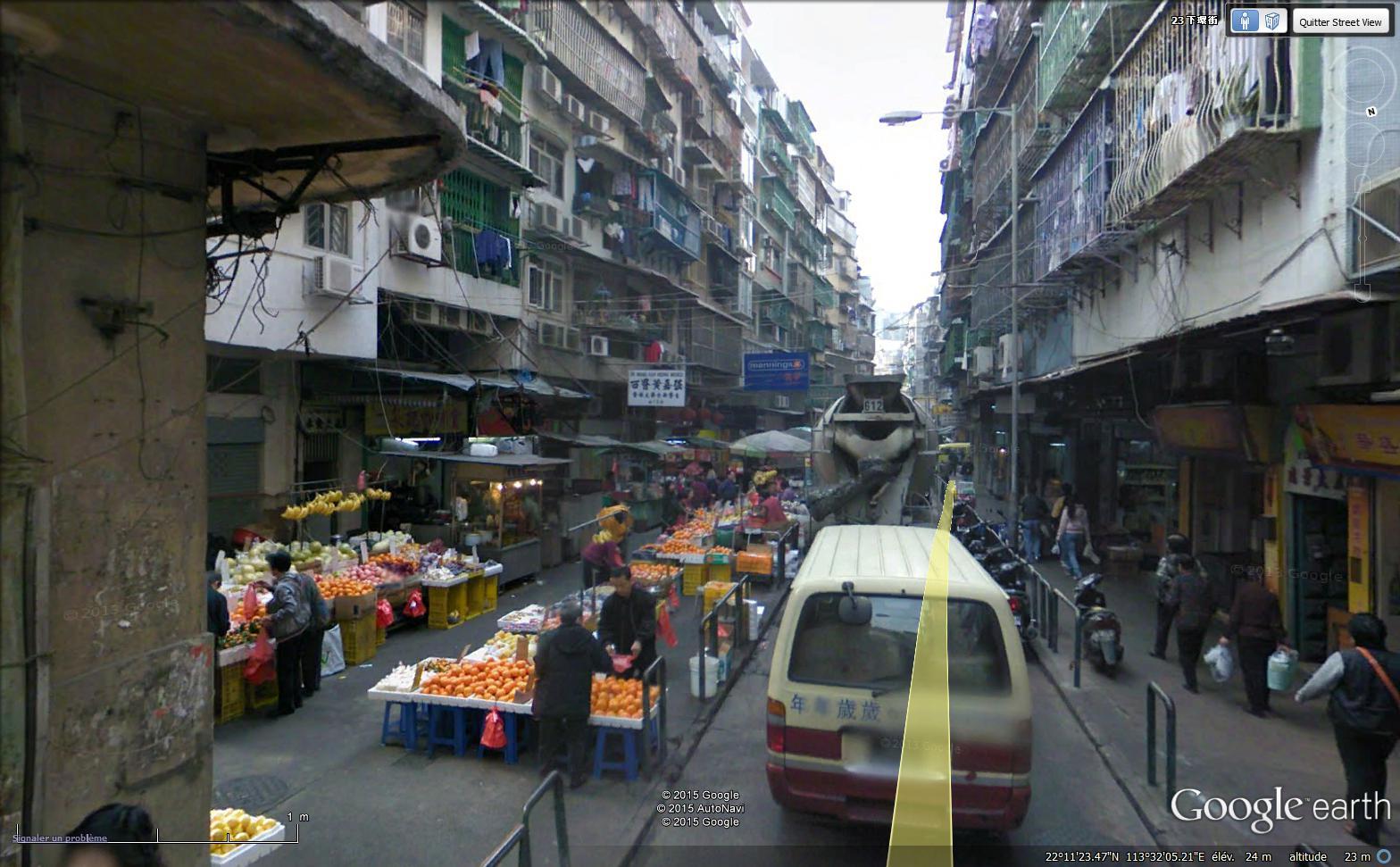 STREET VIEW : les scènes de marchés et brocantes - Page 2 Sans_t33