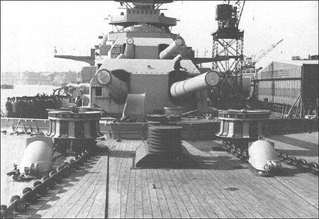 Le DKM Bismarck Bismar12