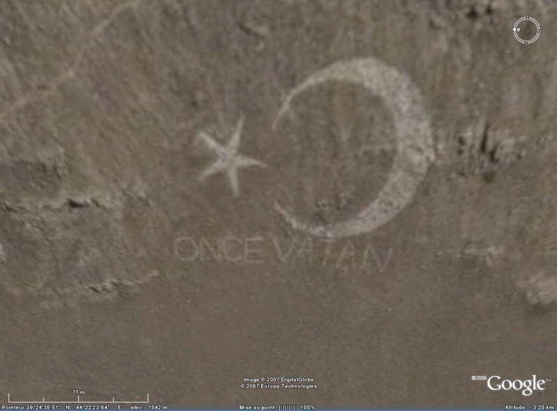 Dessins géants de drapeaux turcs Once10