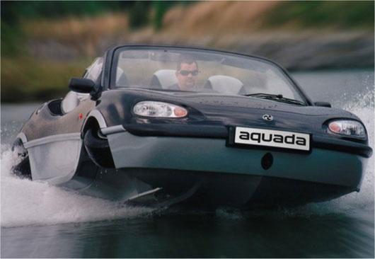 Une MX-5 a l'eau !! Aquada10