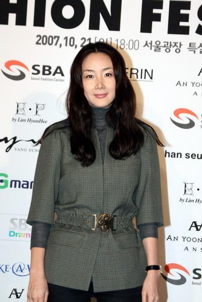 Korean Stars at Hallyu Fashion Festival Choi-j10