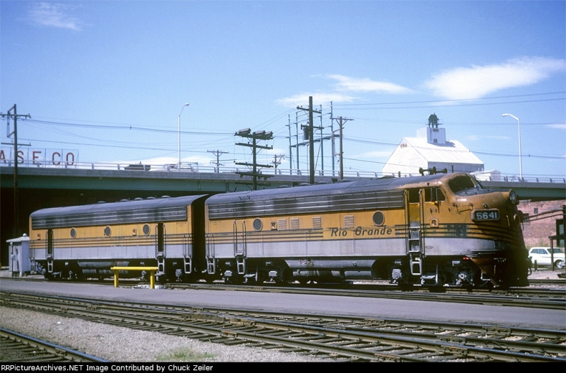 F7 Micro Trains Pictur10