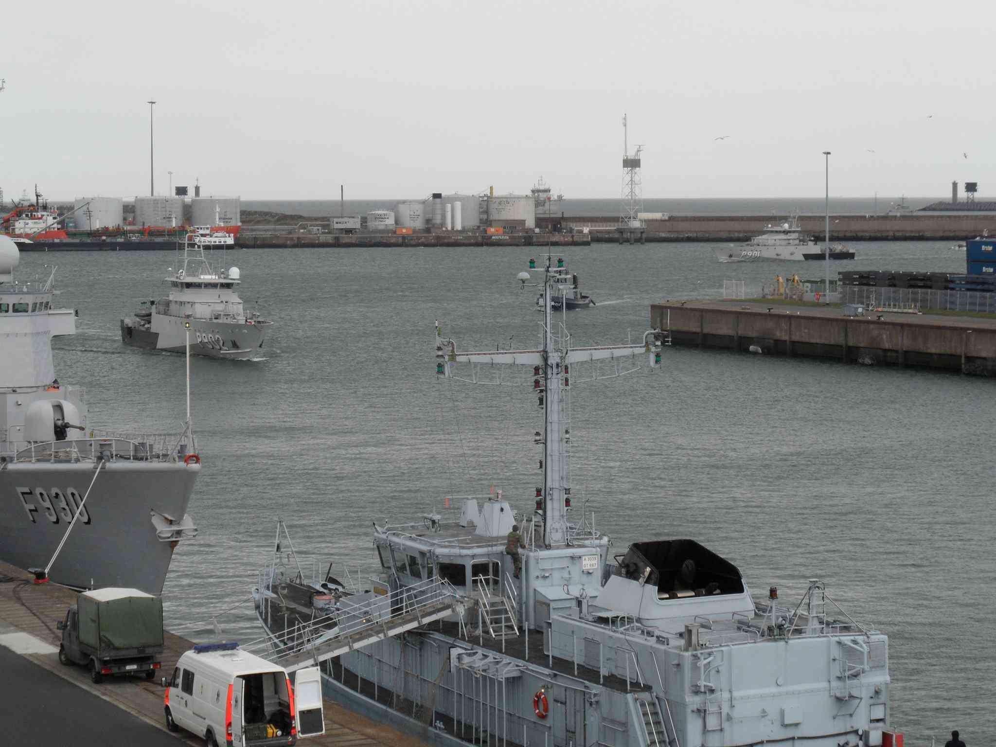 Arrivée du P902 POLLUX à Zeebrugge 11155110