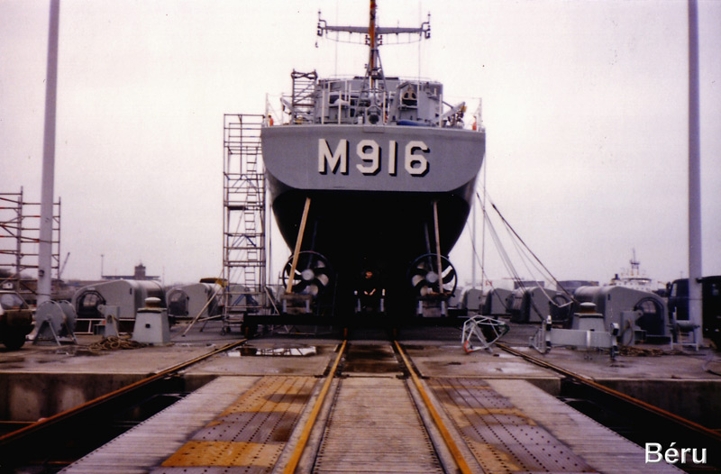 M916 Bellis - Page 3 Ok-32_11