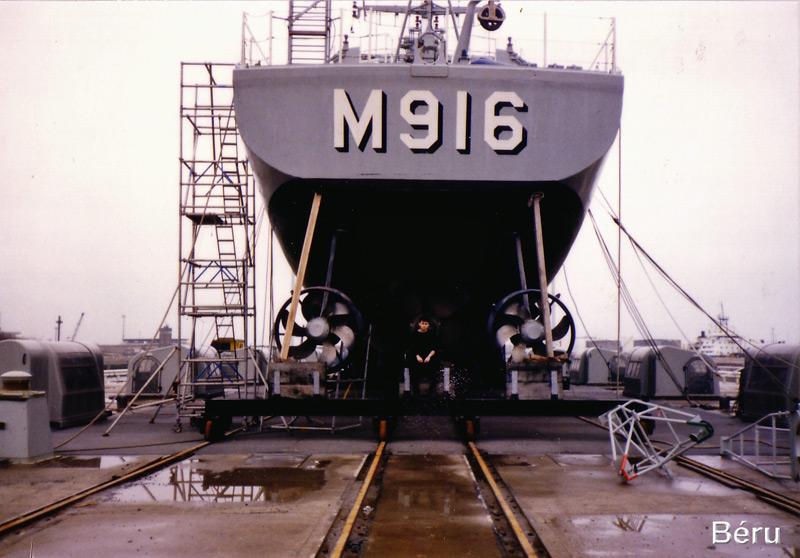 M916 Bellis - Page 3 Ok-33_10