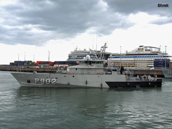 Arrivée du P902 POLLUX à Zeebrugge P902dp10