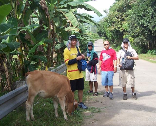 samal hiking Atom_l10