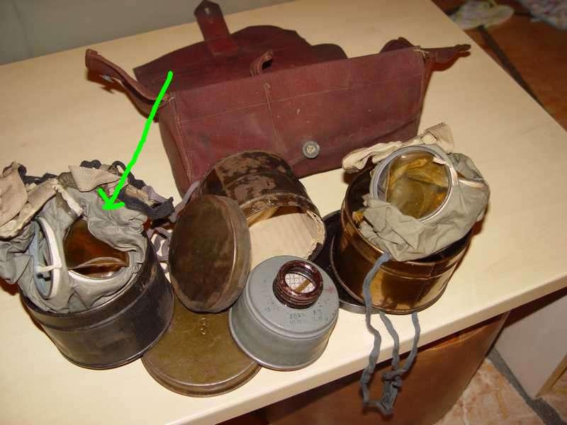 collection masque à gaz Dsc06012