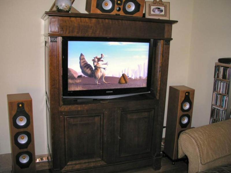 O meus 2 sistemas: Estéreo + Cinema em casa P1010010