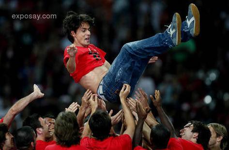 Kaka n Ronaldo Show110