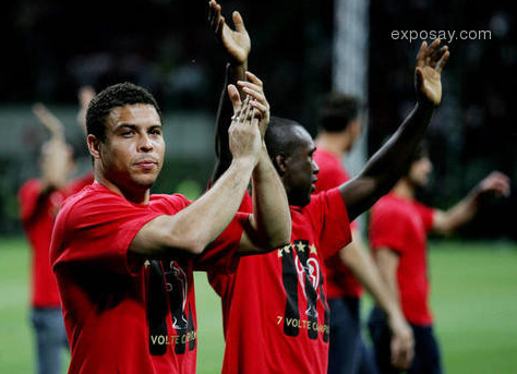 Kaka n Ronaldo Show810
