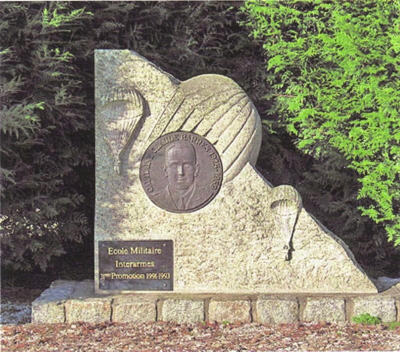 BARRES Claude capitaine 9e RCP Mort au Champ d'Honneur 26 mai 1959 Algérie  Stele_11