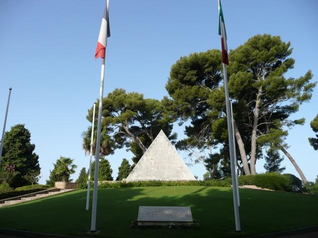 Le cimetière Franco Italien de St Mandrier Cimeti19