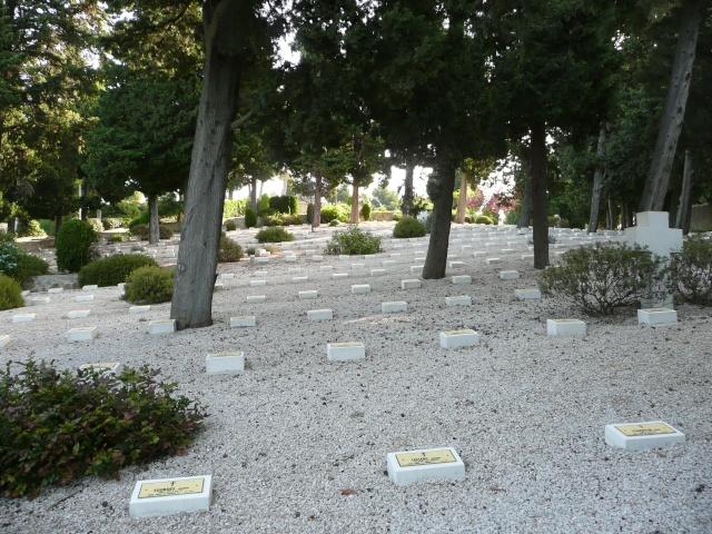 Le cimetière Franco Italien de St Mandrier Cimeti26