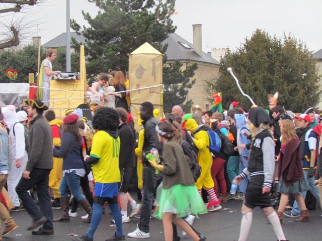 Carnaval  des étudiants à Caen 2 avril 2015 Carnav24