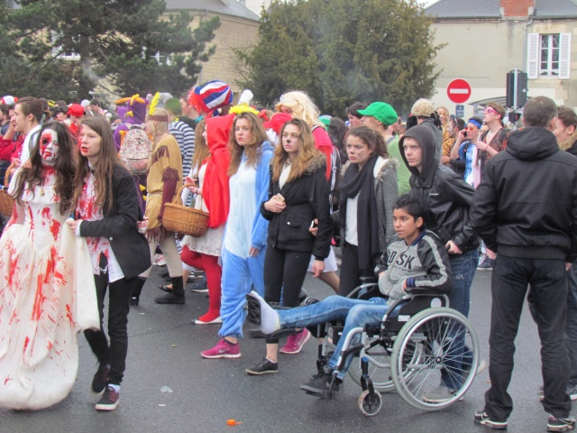Carnaval  des étudiants à Caen 2 avril 2015 Carnav38