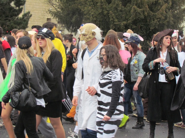 Carnaval  des étudiants à Caen 2 avril 2015 Carnav43