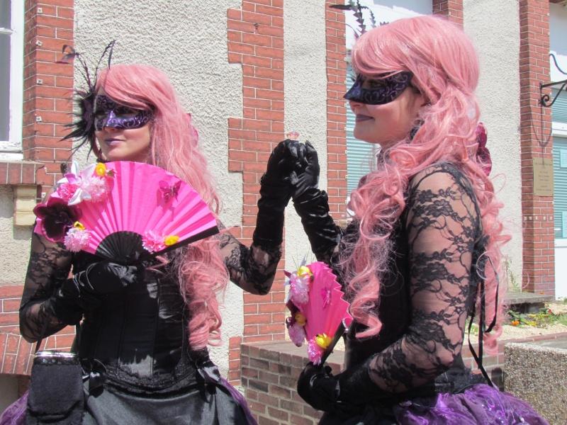 Mascarade de DIVES SUR MER  dans le CALVADOS le 25 mai 2015 Dives_25