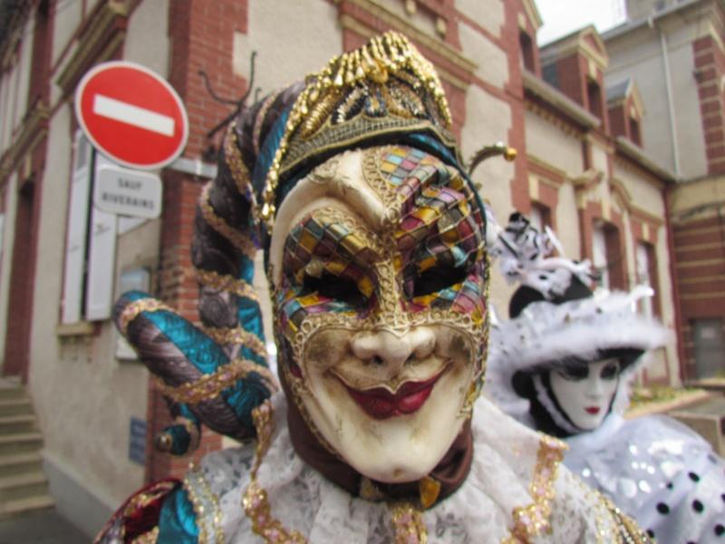 Mascarade de DIVES SUR MER  dans le CALVADOS le 25 mai 2015 - Page 2 Dives_48