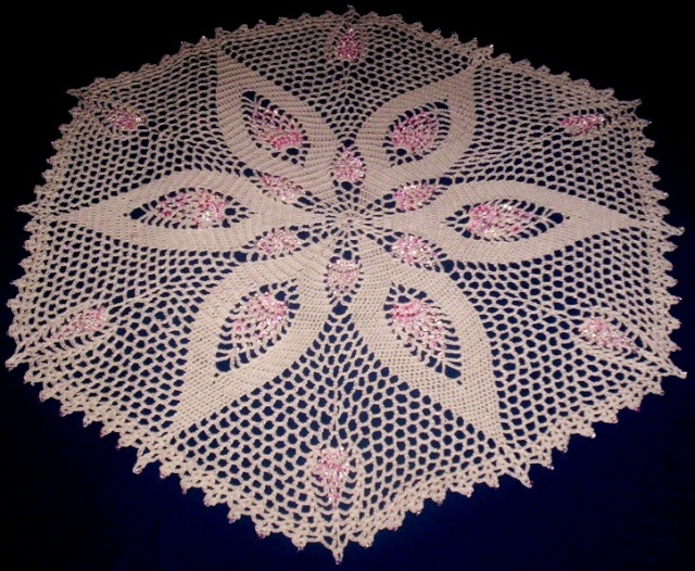 Doilies I have beaded Pineap10