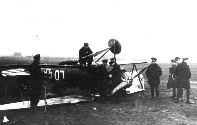Duo d'Albatros D-Va, Roden 1/72 _doc_p15