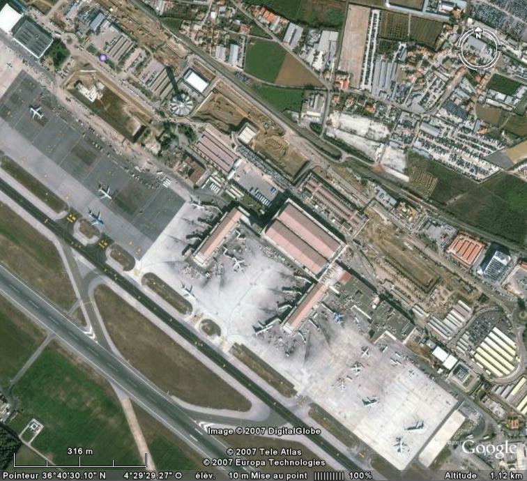 Aéroports - Page 6 Malaga11
