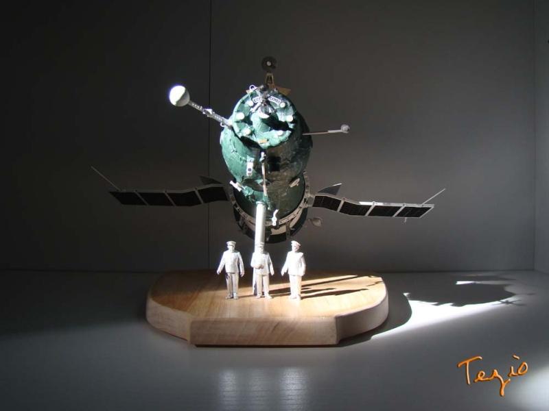 Maquette SOYOUZ première génération 7K-OK by Tezio Fodsc010