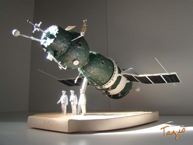 Maquette SOYOUZ première génération 7K-OK by Tezio Fodsc012