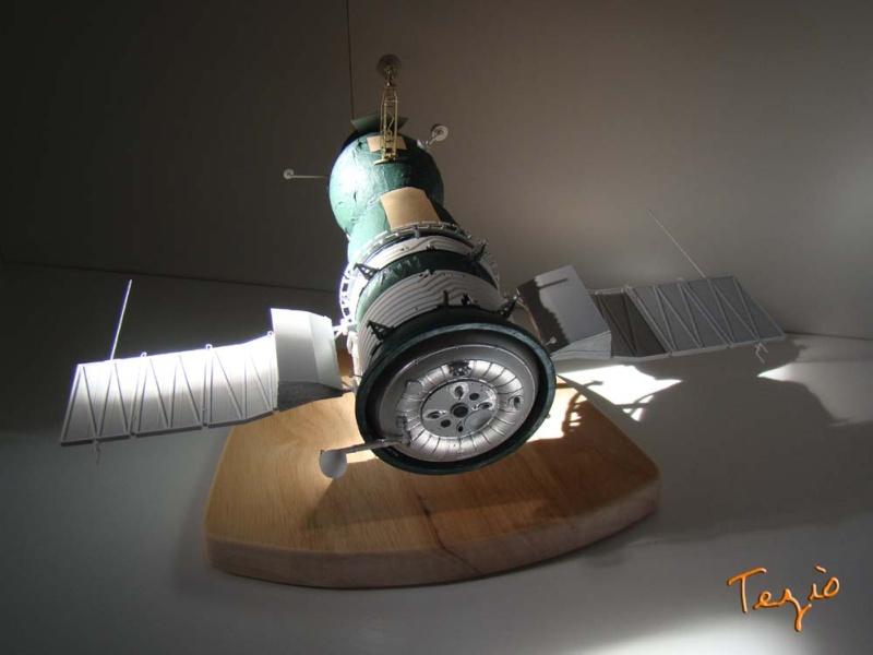 Maquette SOYOUZ première génération 7K-OK by Tezio Fodsc015