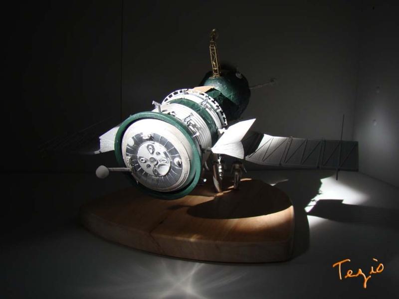 Maquette SOYOUZ première génération 7K-OK by Tezio Fodsc016