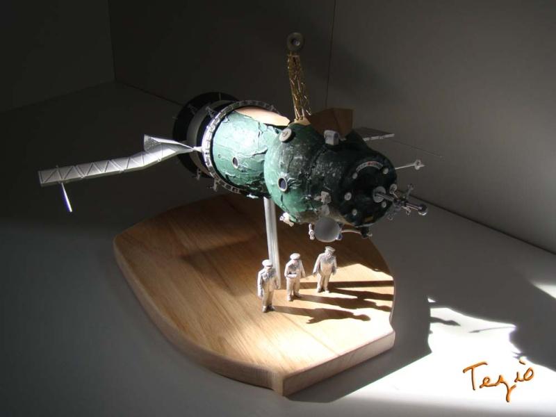 Maquette SOYOUZ première génération 7K-OK by Tezio Fodsc020