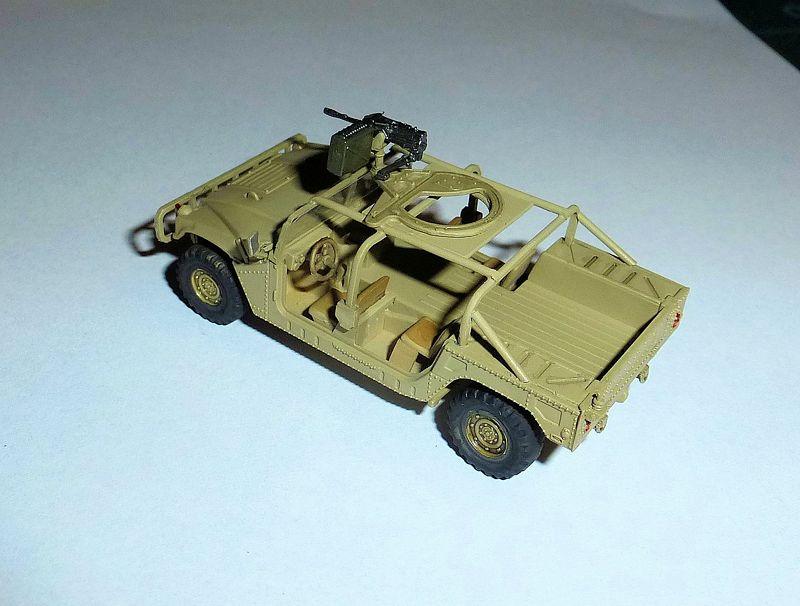 HMMWV (Hummer) 1/72 Revell et Dragon Tn_hmm11