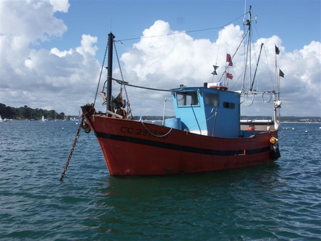 [VIE DES PORTS] Quelques bateaux de pêche (sur nos côtes Françaises) - Page 3 Phenix11