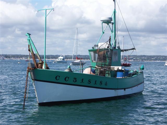 [VIE DES PORTS] Quelques bateaux de pêche (sur nos côtes Françaises) - Page 3 Reder_11