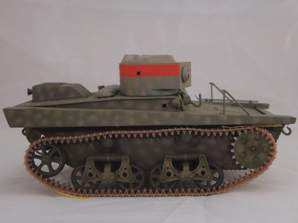 T-37 radio (Hobby Boss ref 83820 1/35) Mon2110