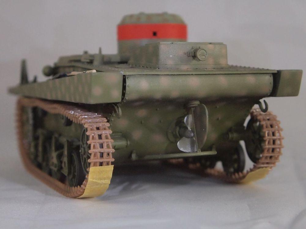 T-37 radio (Hobby Boss ref 83820 1/35) Mon2510