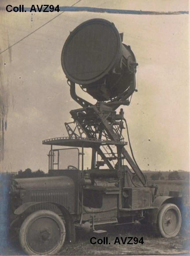 Projecteur de 120 sur camion Berliet Protot11