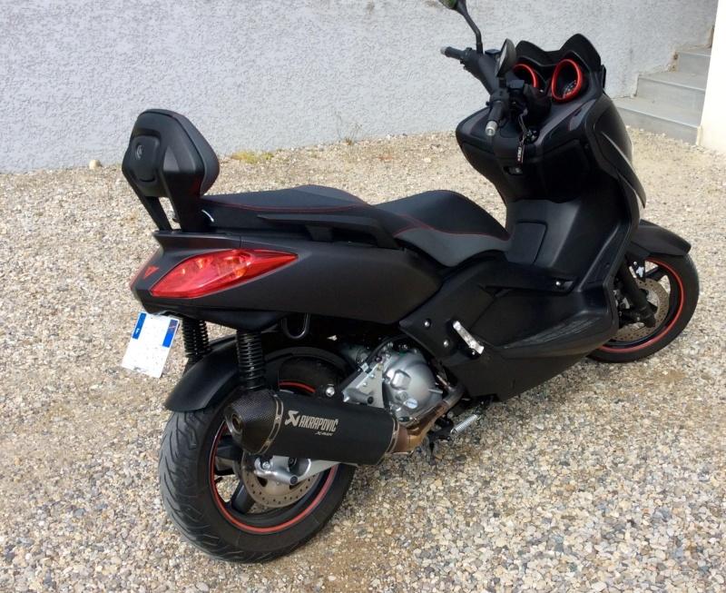 Xmax Sport black 250cc Fullsi10