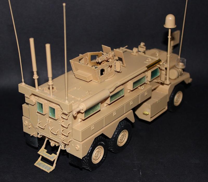 Meng MRAP 6X6 HE COUGAR 1/35 Img_8113