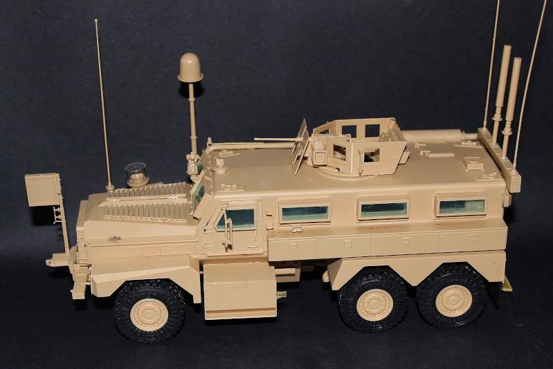 Meng MRAP 6X6 HE COUGAR 1/35 Img_8115