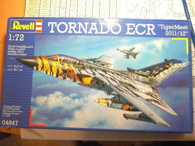 "Tornado ECR ""tigermeet 2011/12"" REVELL 1/72. Pict8870"