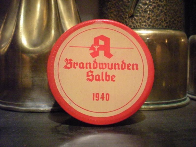Escroquerie: petits matériels allemand 2eGM Creme110